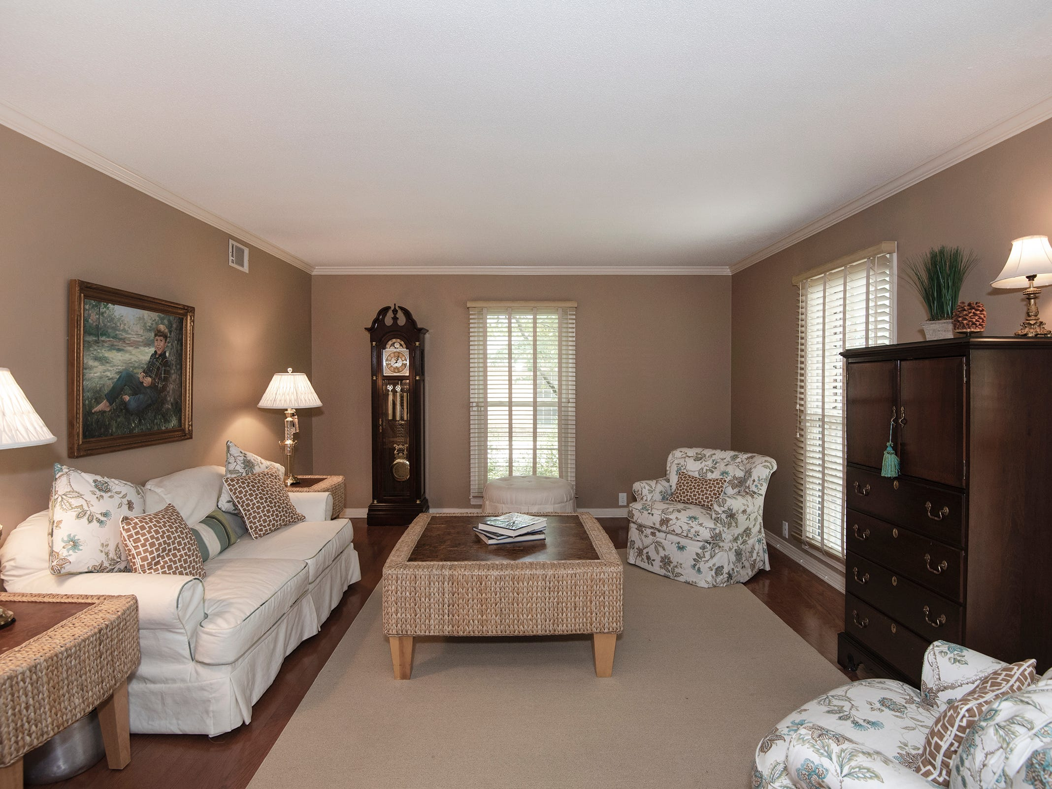 2625 Tambridge Circle, the formal living area.