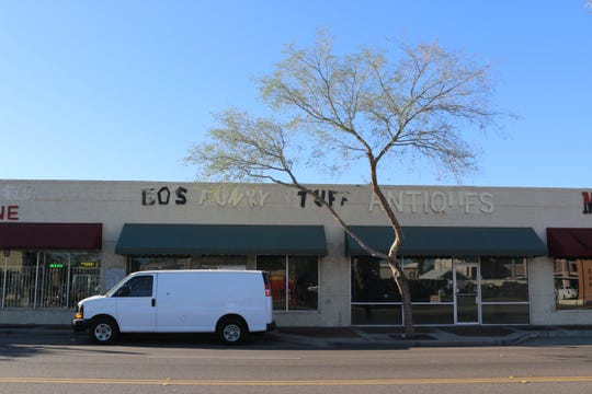 A vacant antique shop in downtown Glendale.