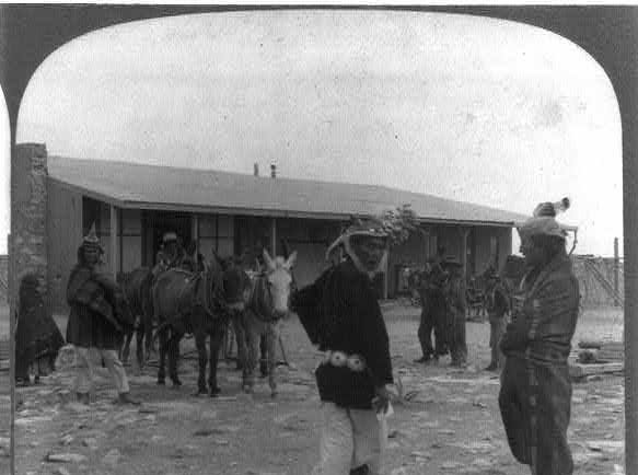 Canyon Diablo remained as a railroad stop and housed a trading post (shown in this 1903 photo) for many years.