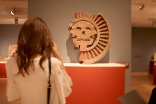 Los visitantes a la muestra Teotihuacán: ciudad de agua, ciudad de fuego, podrán sentir el poder que representó el arte y los símbolos religiosos de la enigmática ciudad perdida en el tiempo.