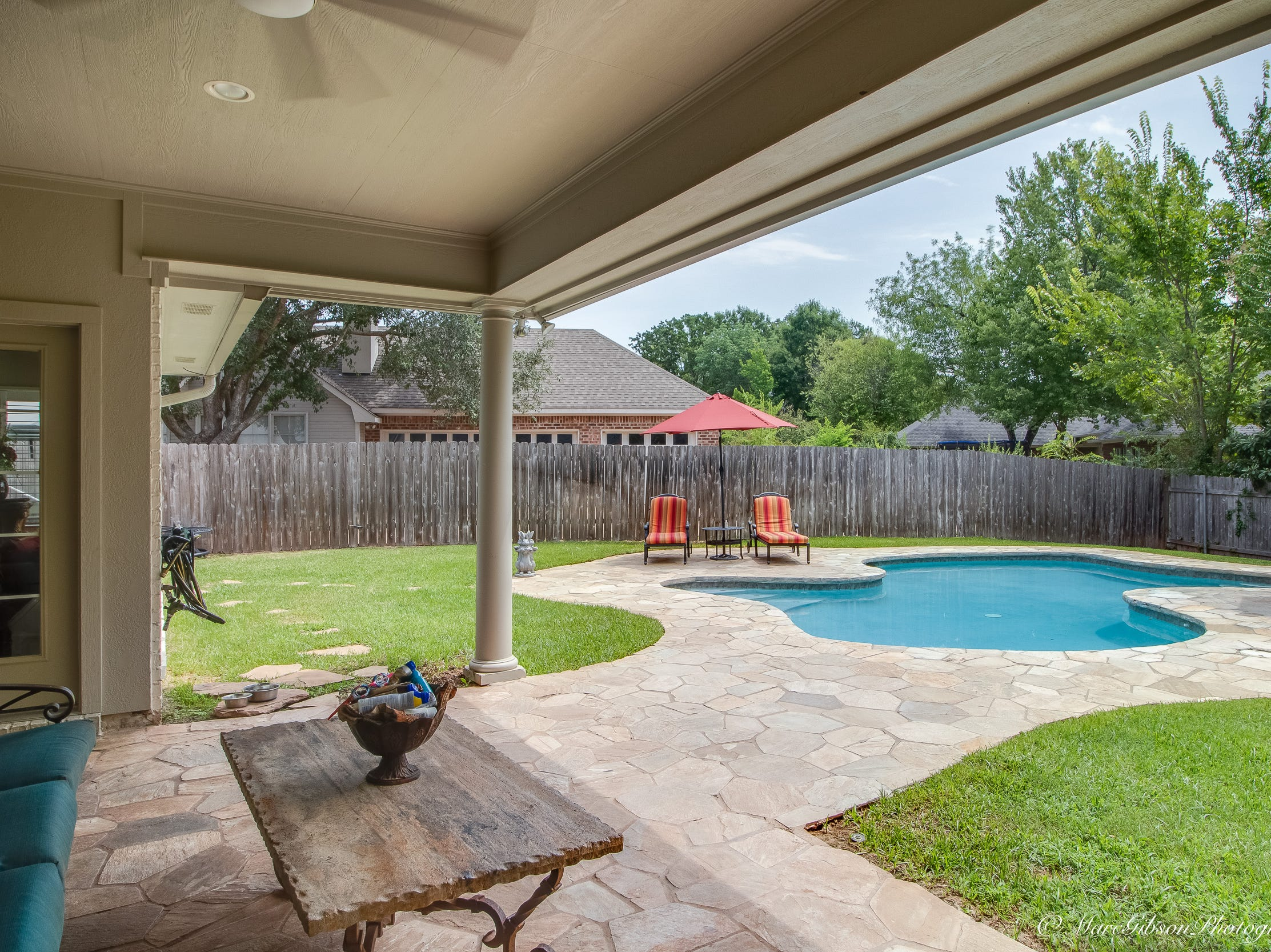 11055 Ashland Way,   Shreveport  Price: $375,000  Details: 4 bedrooms, 3 bathrooms, 2,860 square feet  Special features: Southern Trace beauty with vaulted ceiling,  chef's kitchen and backyard oasis.  Contact: Andy Osborn, 546-3701