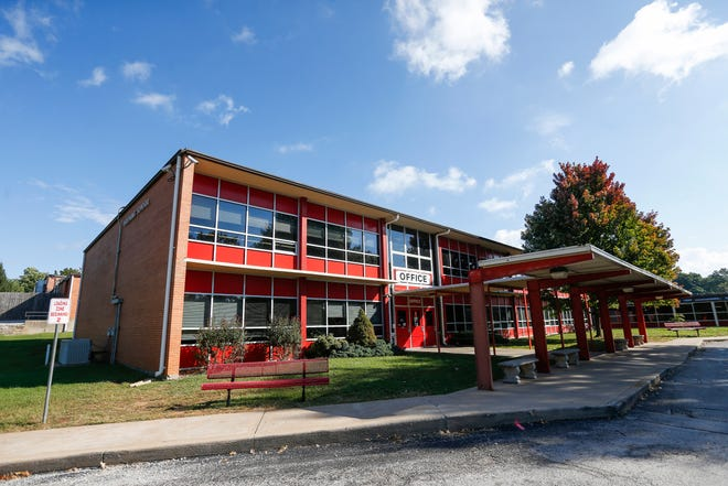 The Community Task Force on Facilities plans to recommend an overhaul of Pershing Elementary and Middle School be included on a future bond issue. The school has an enrollment of nearly 1,000 students.