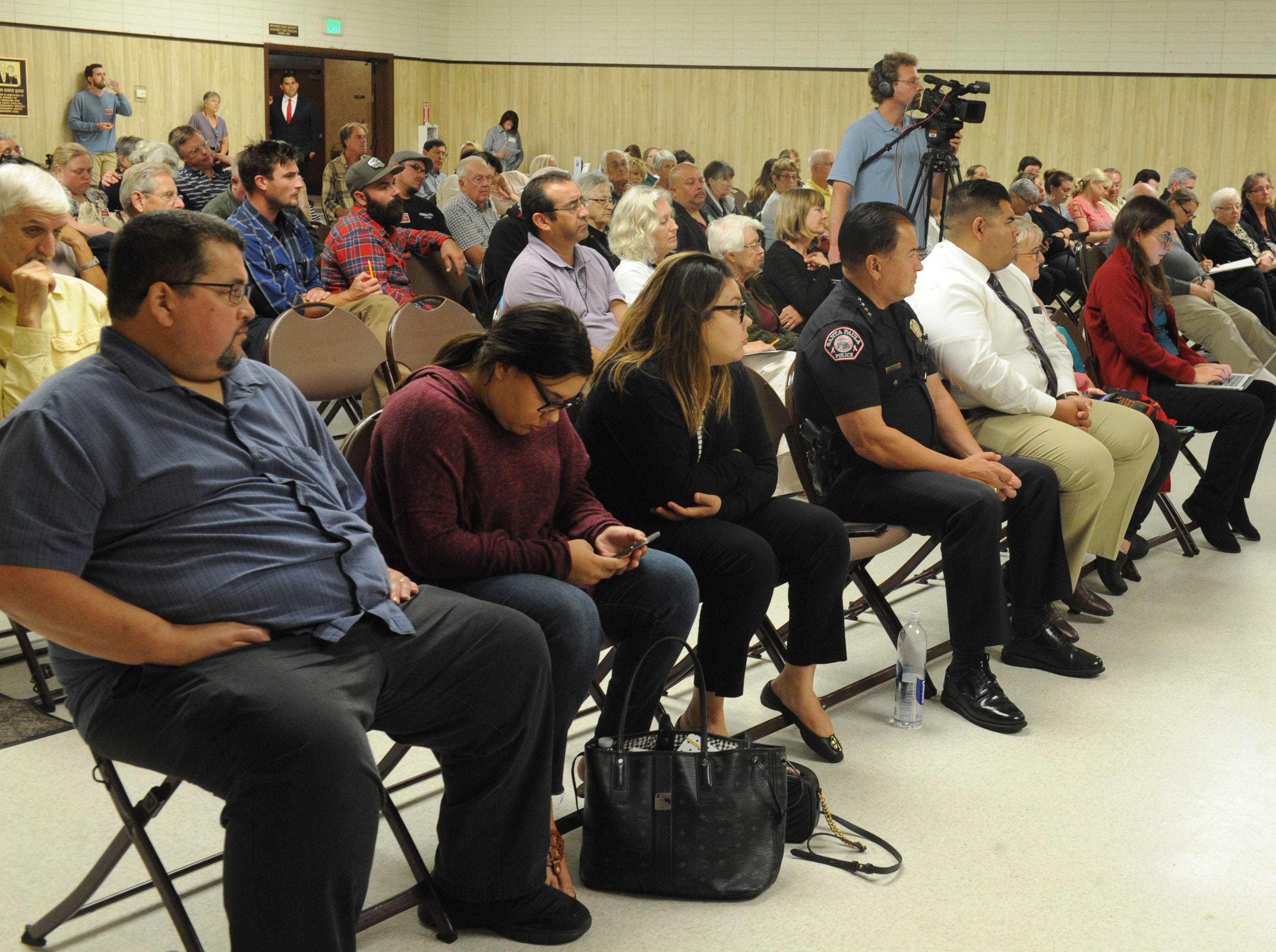 A forum for candidates running for Santa Paula City Council draws a crowd.