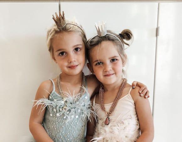 Emma and Mila Stauffer