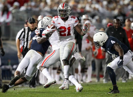 Ohio State wide receiver Parris Campbell runs with the ball during the third quarter against Penn State.
