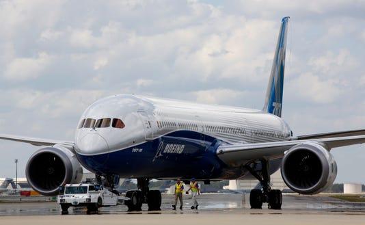 Ap Boeing First Flight 787 10 A Usa Sc