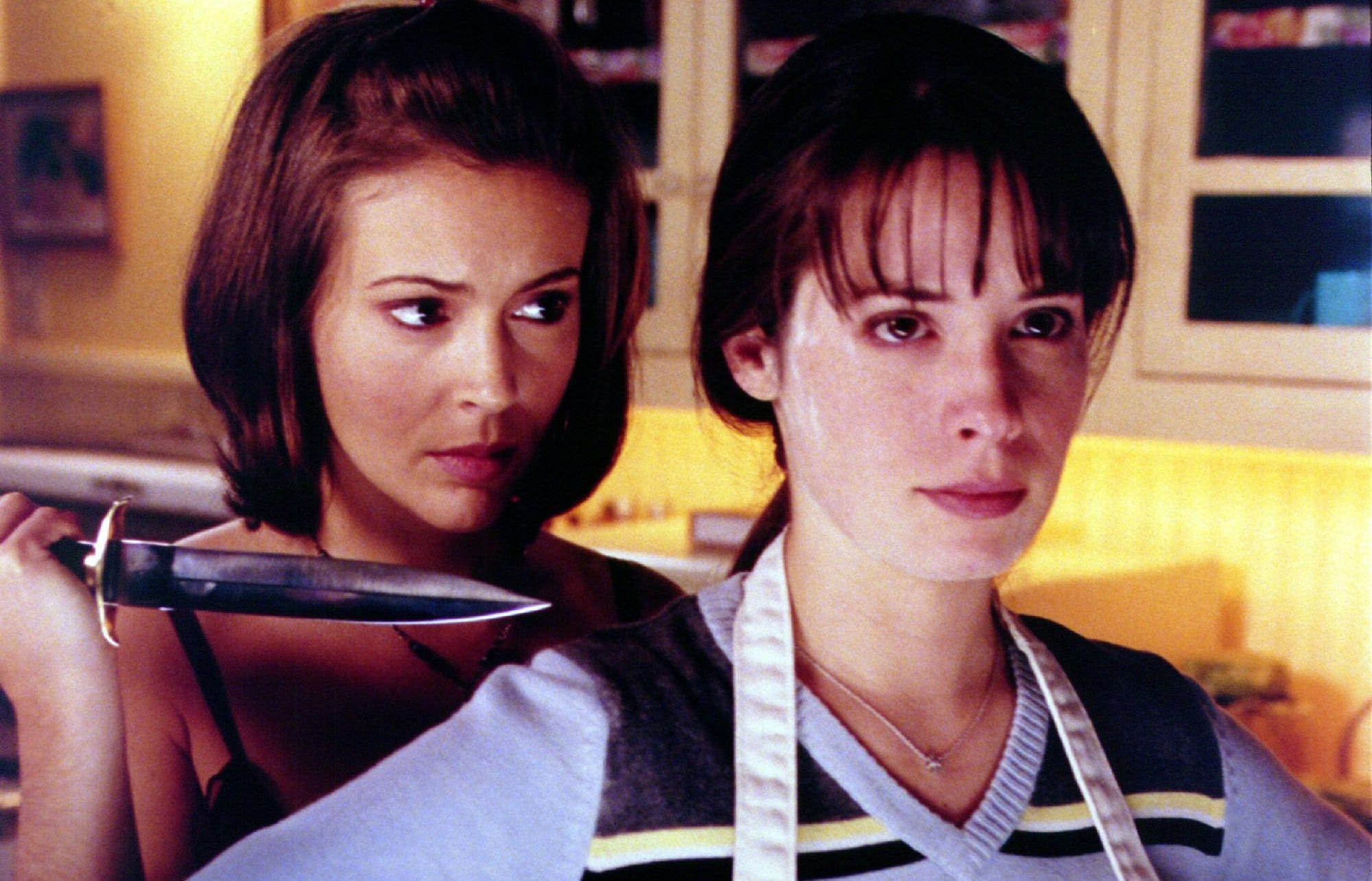 "Alyssa Milano and Holly Marie Combs in ""Charmed."""