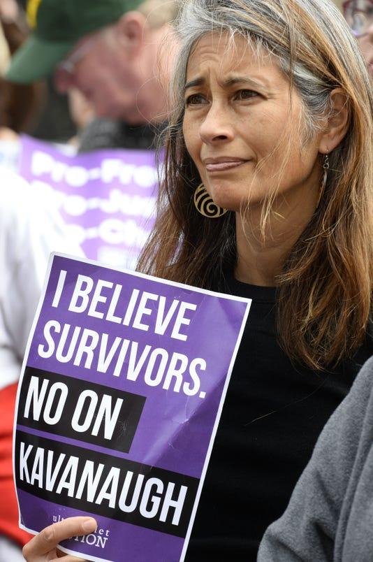 2018 1006 Burlington Kavanaugh Protest 11