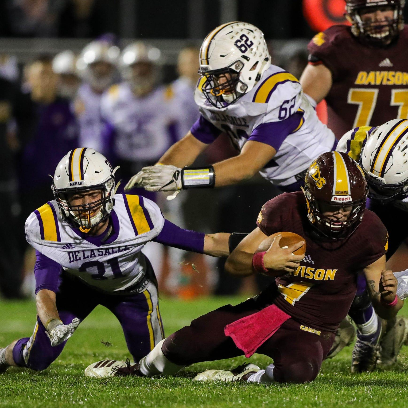 Michigan high school football scores, live updates for Week 8