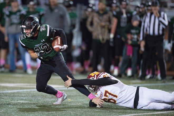 Fossil Ridge lost 48-21 to Fairview on Friday night.
