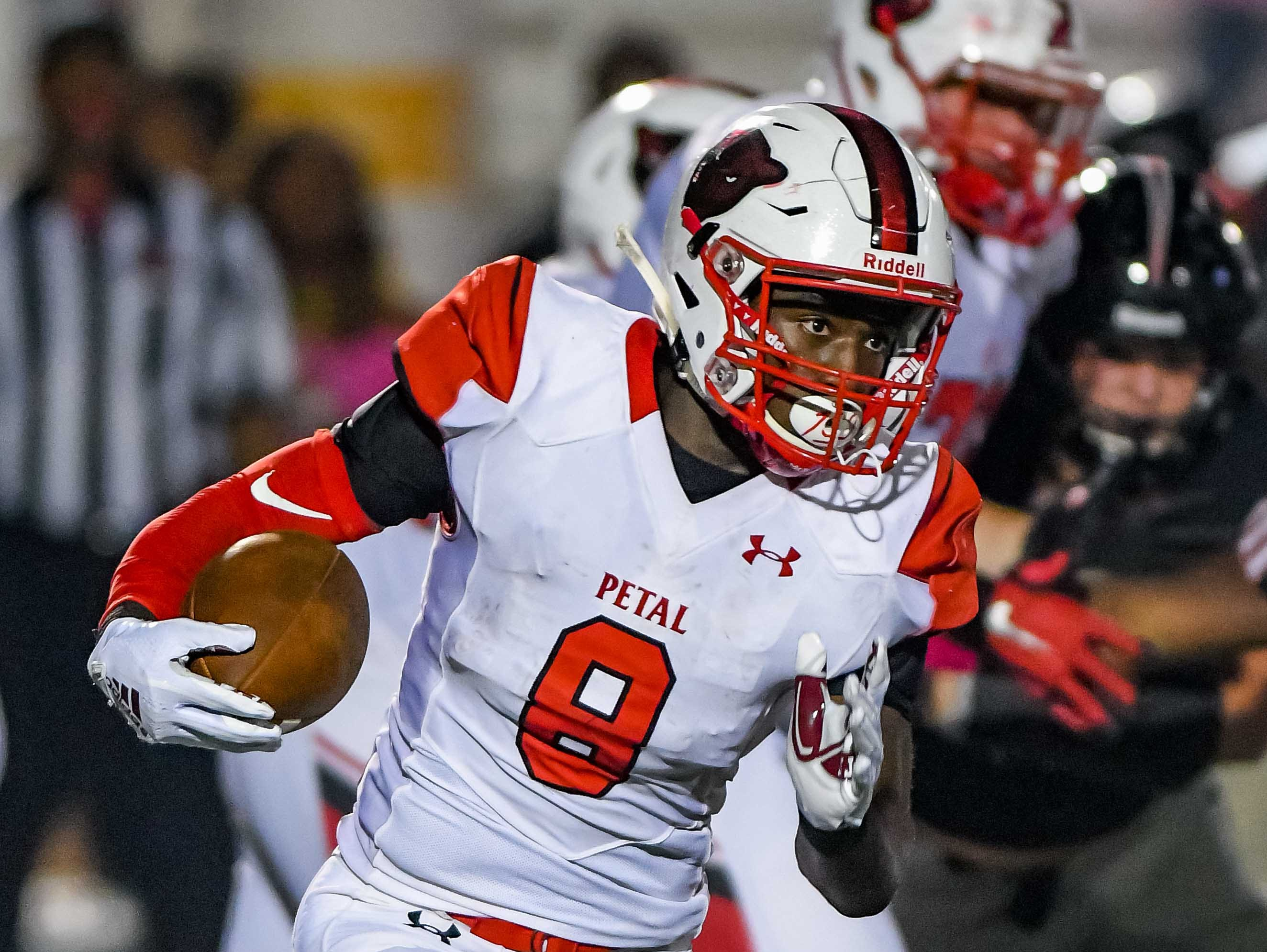 Petal's Micah McGowan (8) runs the ball against Brandon during game action held Friday October 5, 2018 in Brandon, Mississippi.(Photo/Bob Smith-For the Clarion Ledger)