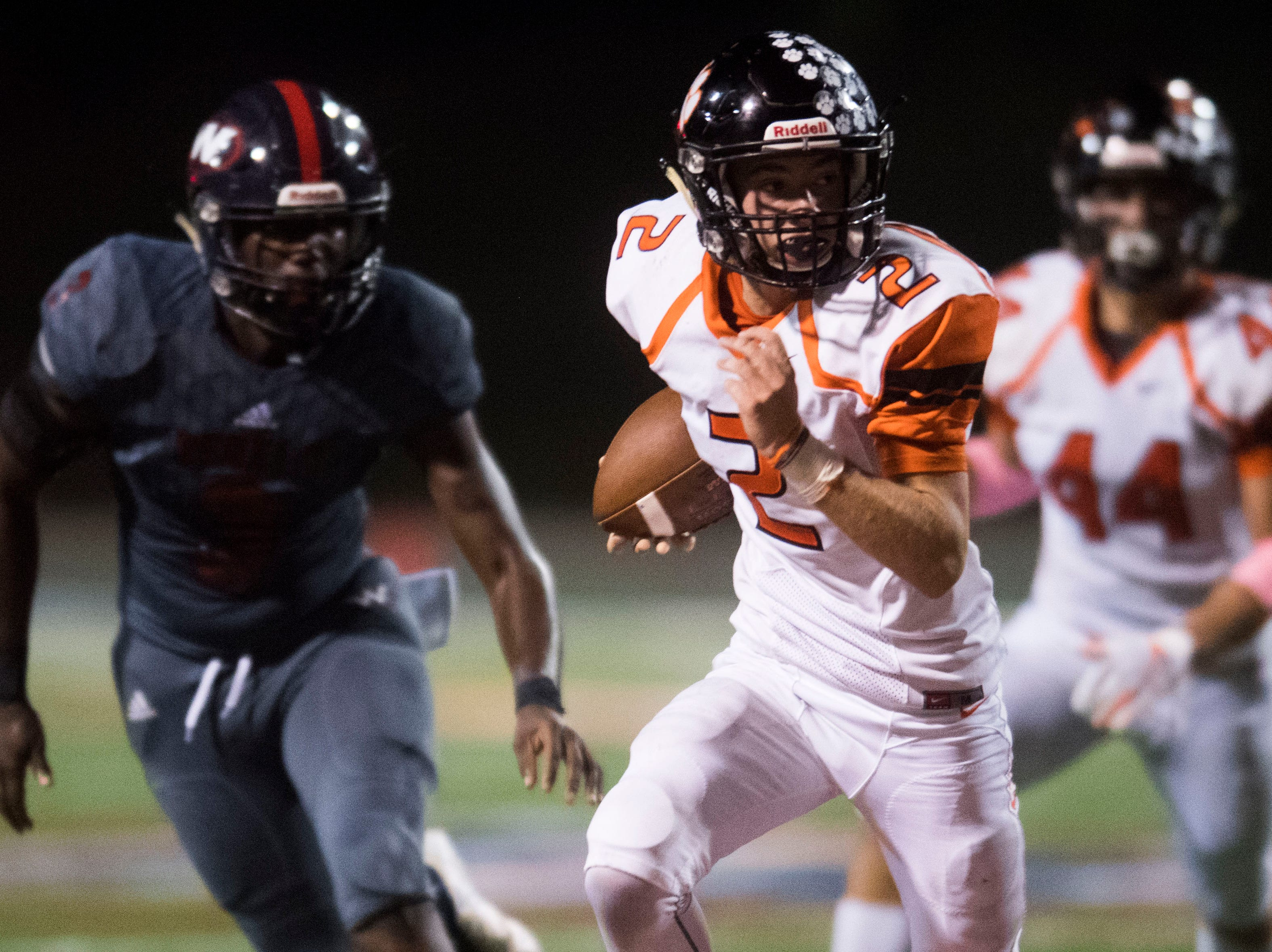 Powell's Deuce Shreve (2) runs the ball during a game between West and Powell at West, Friday, Oct. 5, 2018. Powell defeated West 36-21.