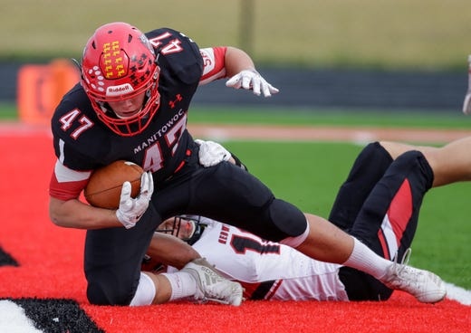 Manitowoc Lincoln celebrates 2019 homecoming with parade, tailgate, Rubick Run, football