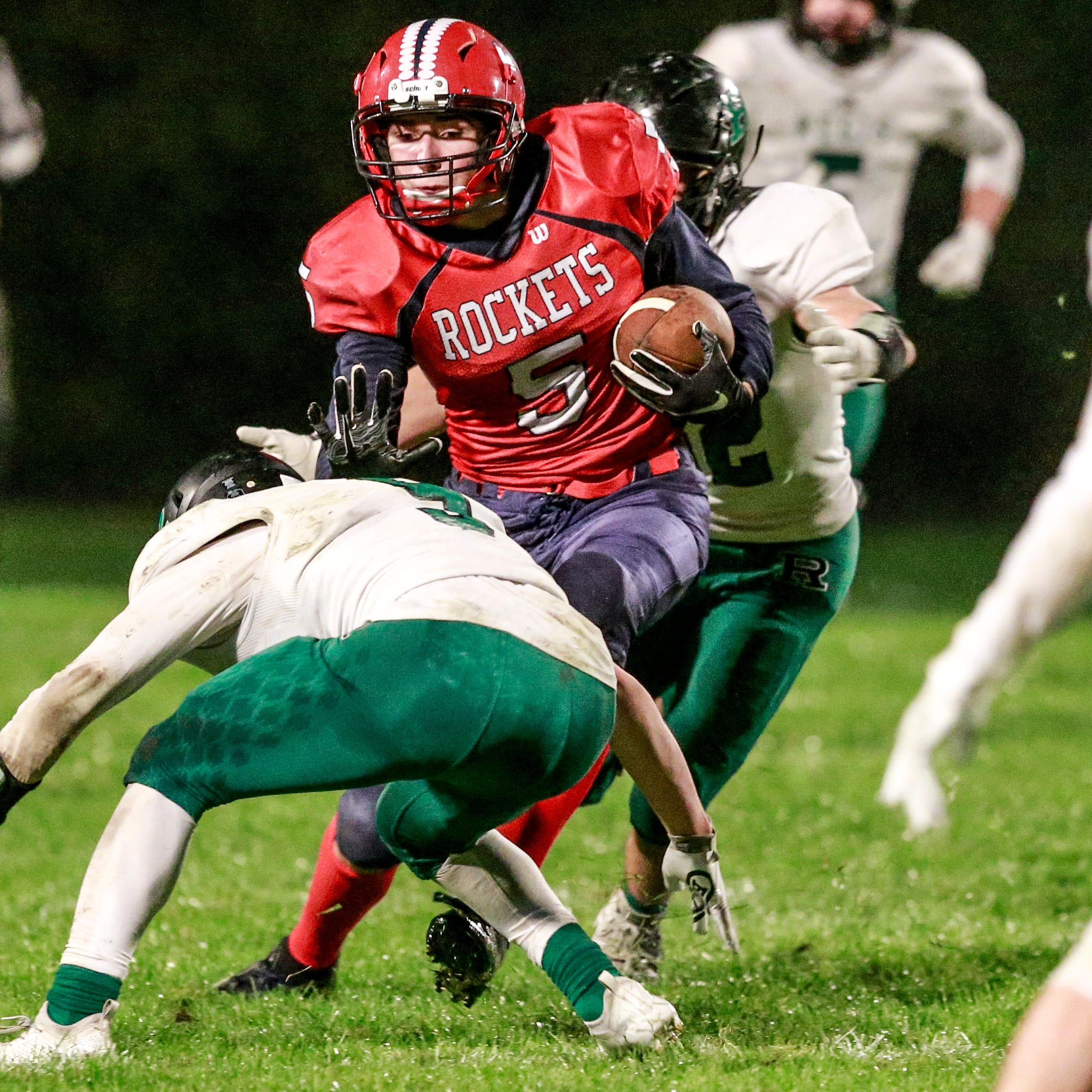 High school football: Regis takes Cloverbelt showdown, hands Spencer/CC first loss of year