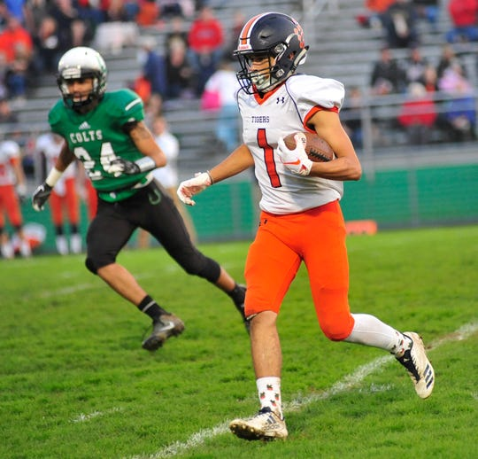 Galion's Kalib Griffin runs with the ball while playing at Clear Fork earlier in the season.