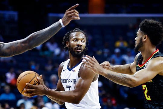 Wayne Seldon got the start at shooting guard for the Grizzlies on Wednesday.