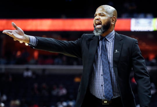 Grizzlies coach J.B. Bickerstaff during the second quarter Friday against the Hawks.