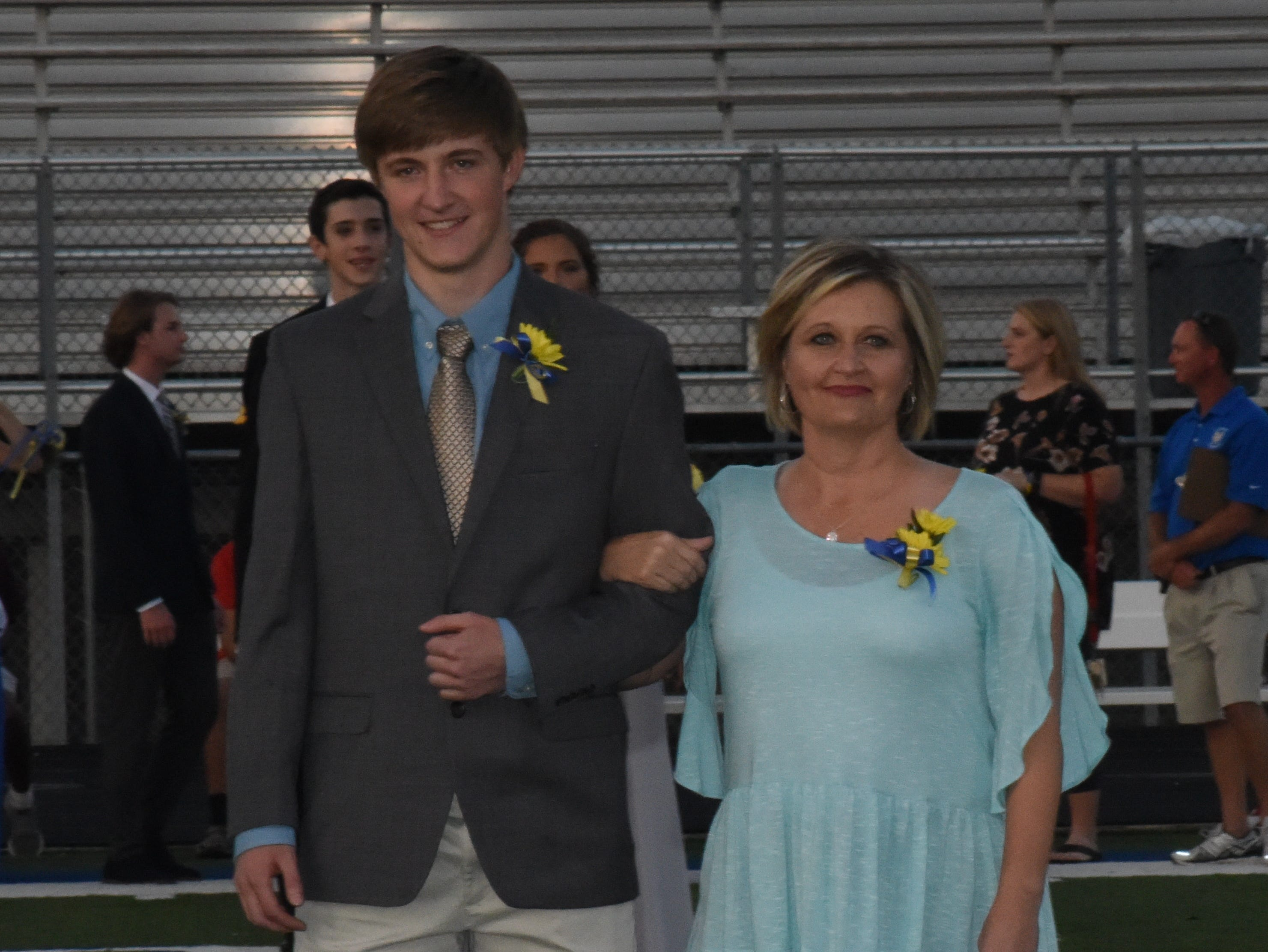 Senior knight Bayler Crecelius and his mother, Kim Crecelius.