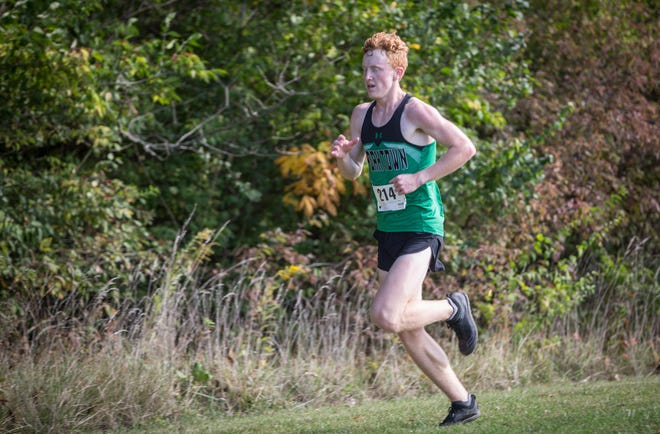 Yorktown's Matthew Mitsch, shown here during the sectional, qualified for state on Saturday by placing 16th at the New Haven Semi-State.