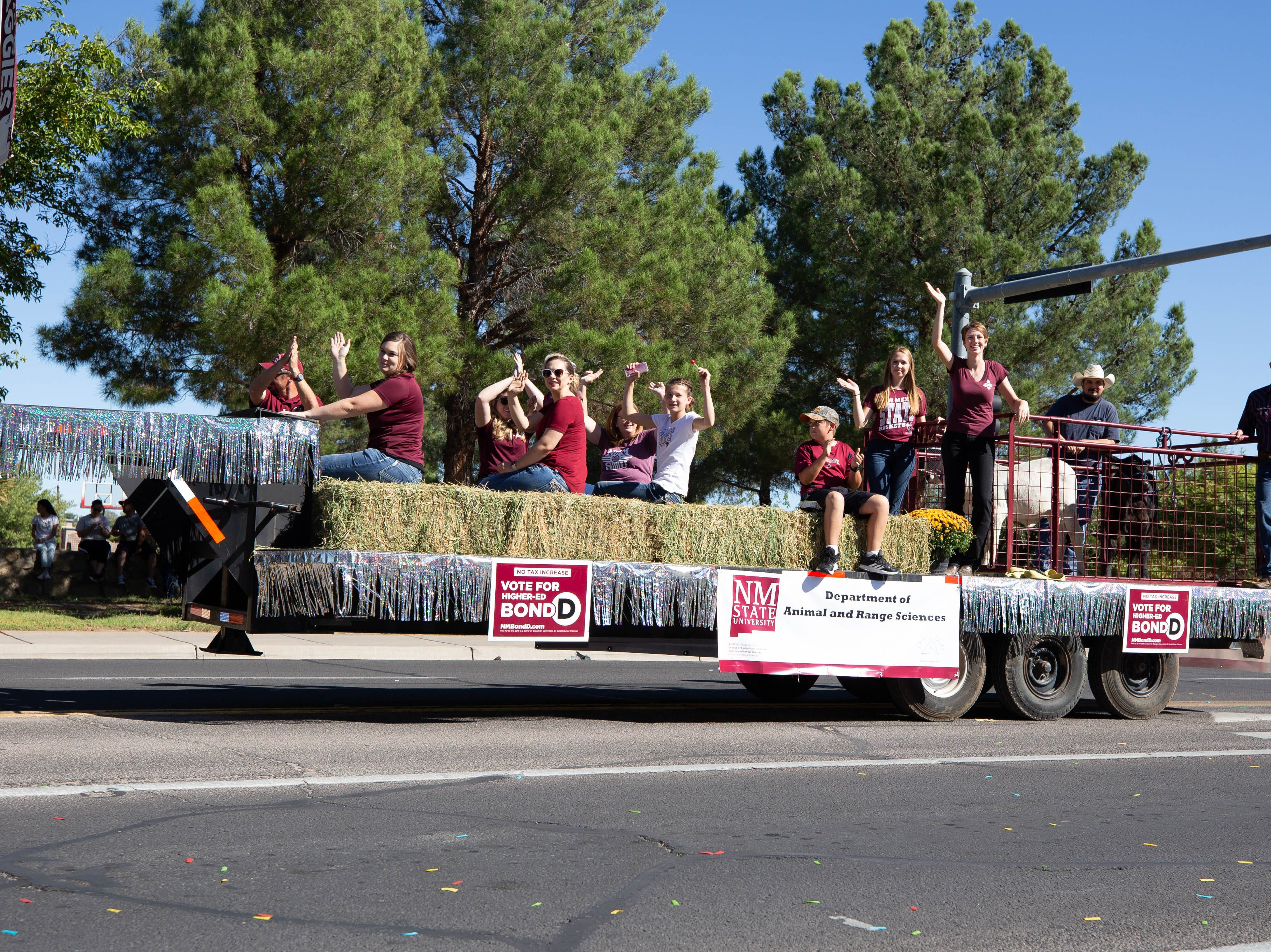 NMSU Animal and Range Sciences float entry at the NMSU Homecoming Parade on October 6, 2018.
