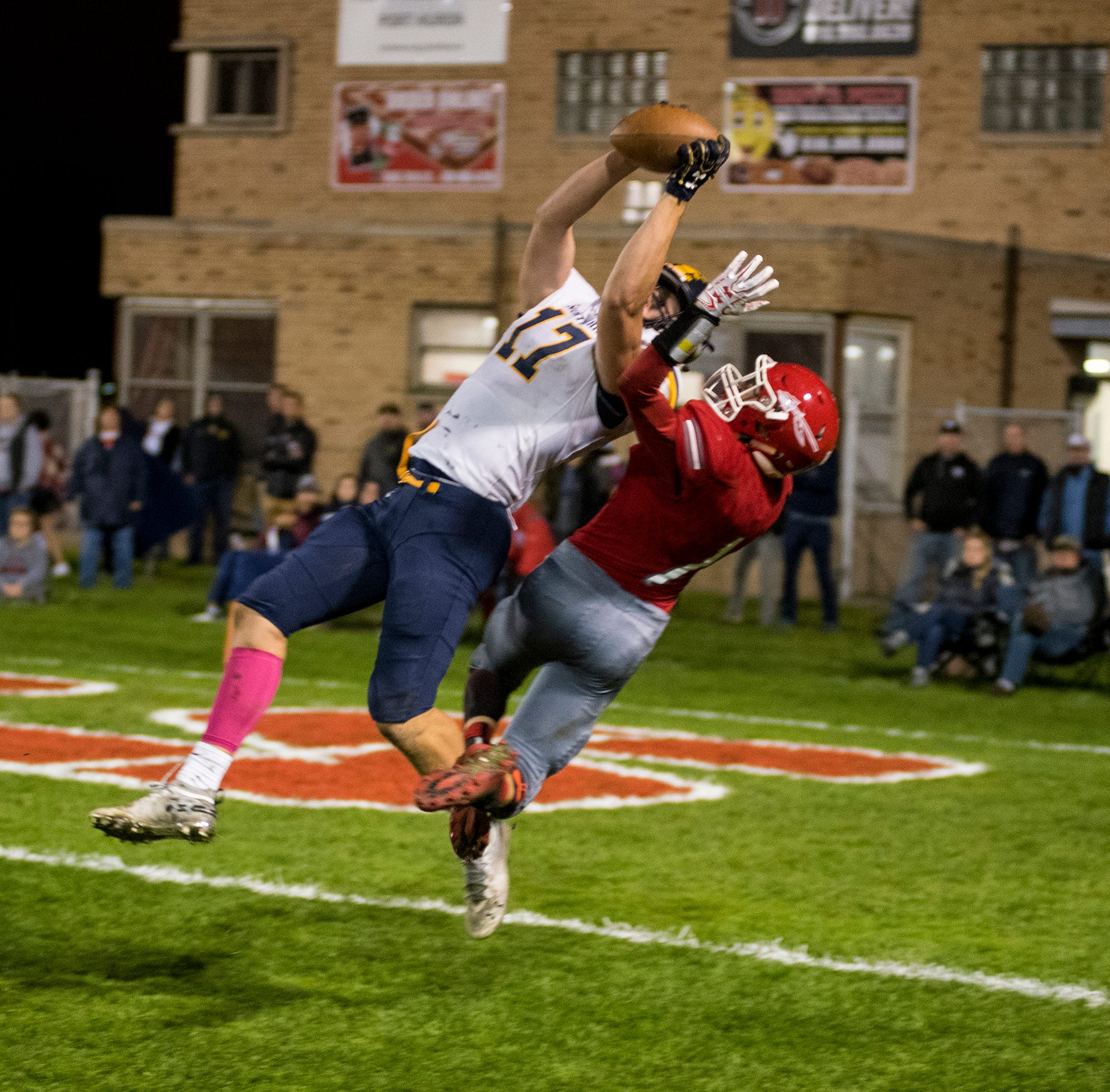 Port Huron Northern junior Braiden McGregor offered football scholarship from Alabama