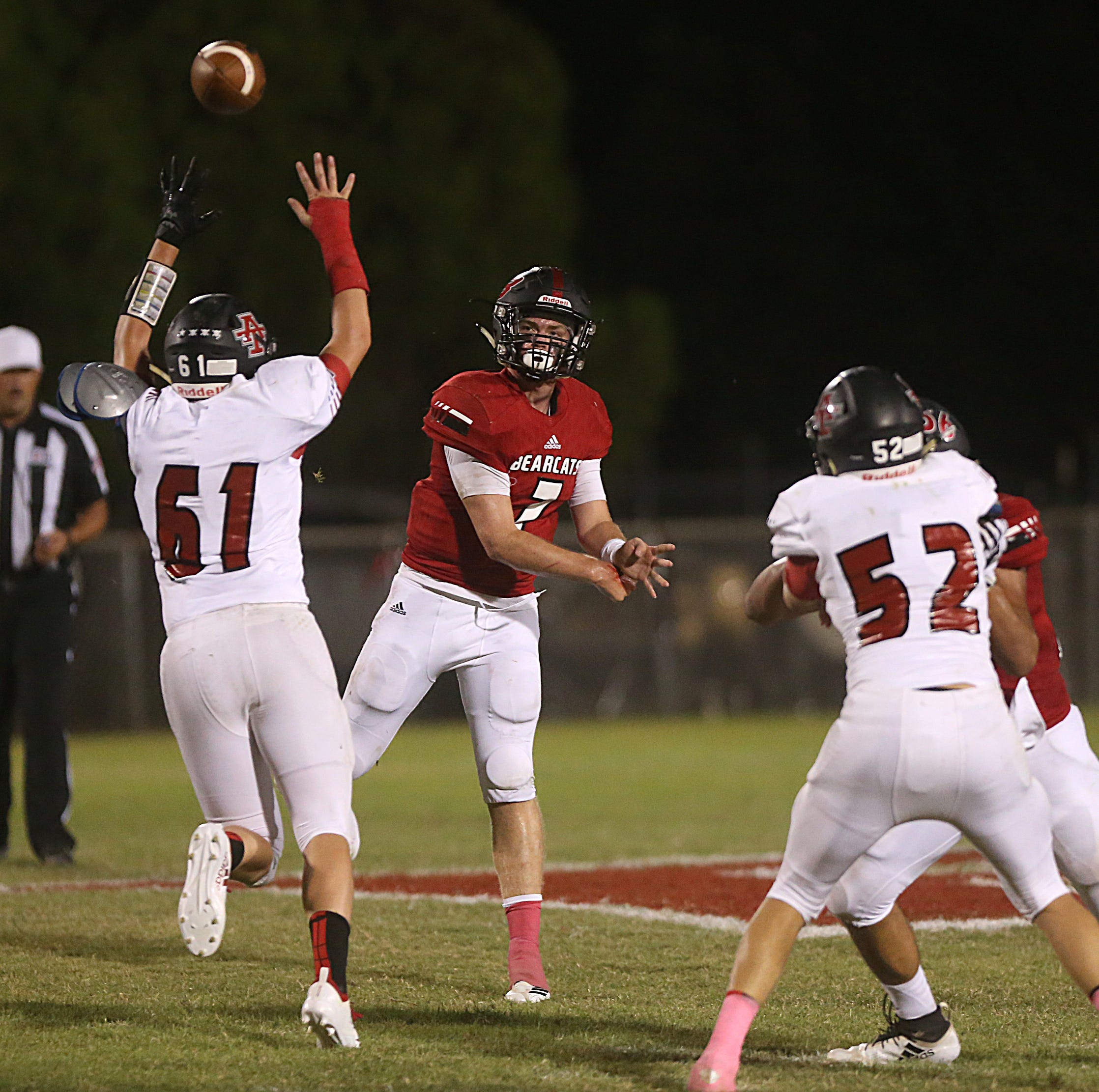 FRIDAY NIGHT ROUNDUP: Ballinger loses Vaughn to ankle injury