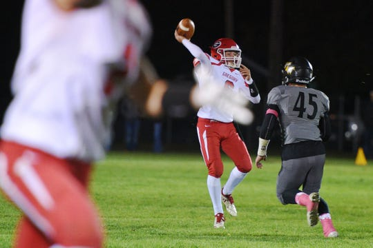 Gregory's Grant Thomas completes a pass during the game against Wolsey-Wessington Friday, Oct. 5, in Wolsey.