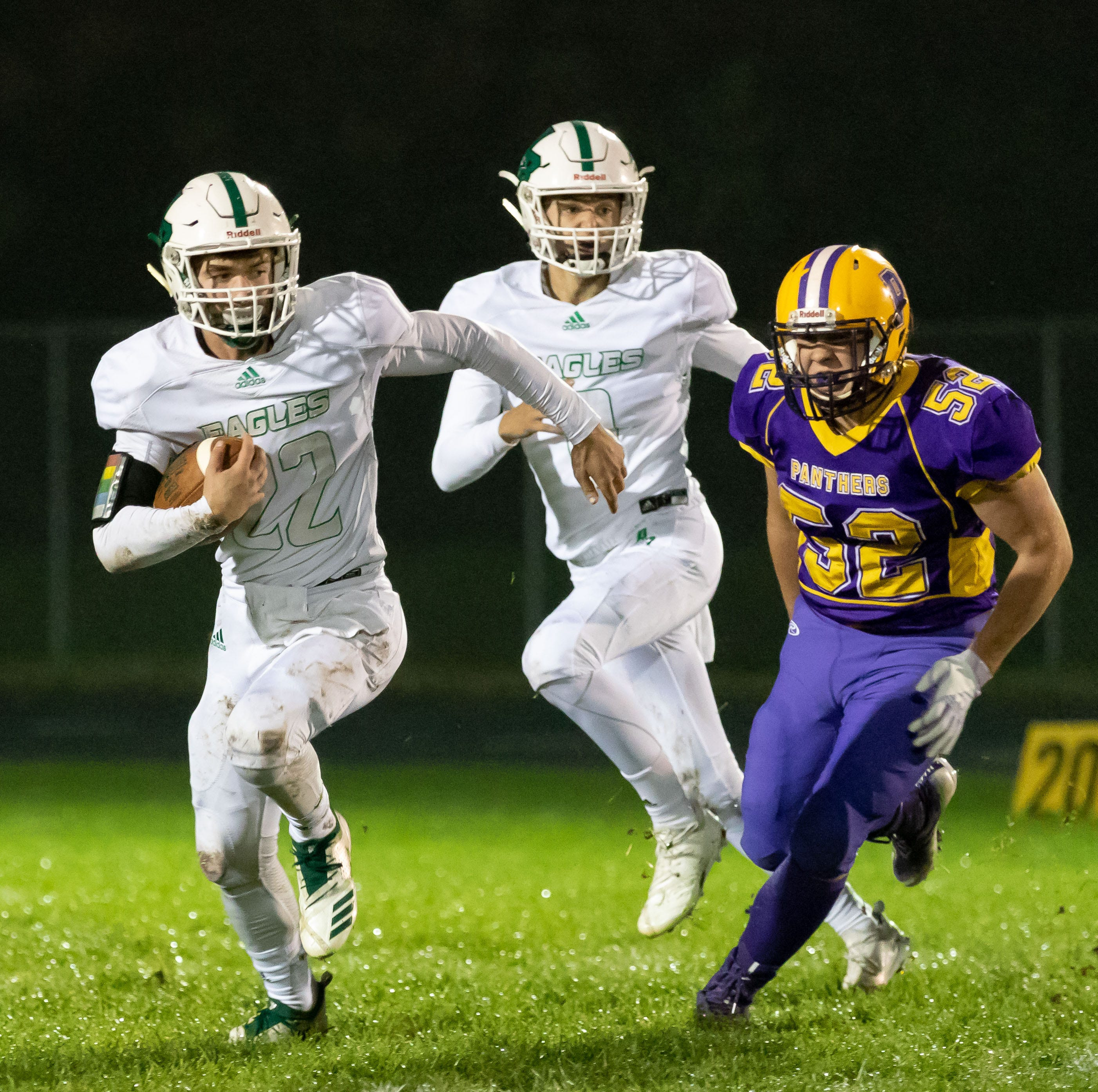 High school football: Almond-Bancroft rolls over Pittsville for CWC-Small crown