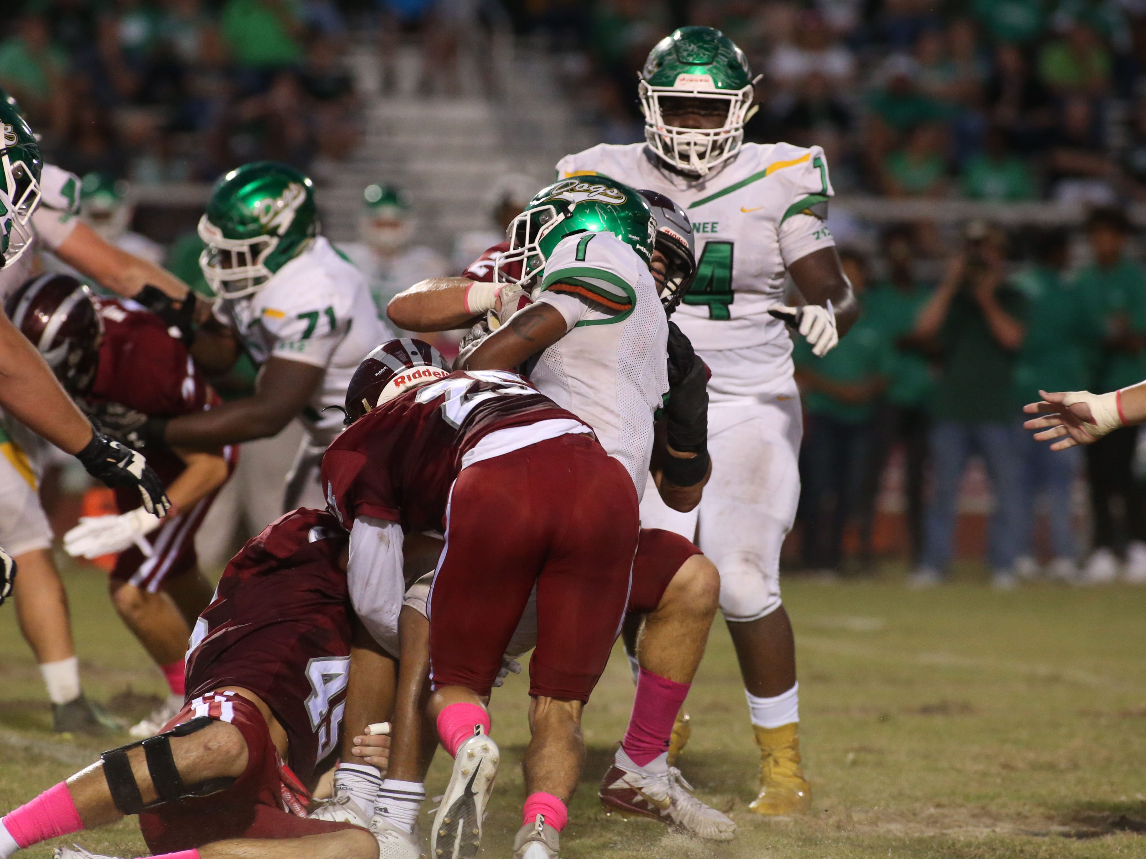The Suwannee Bulldogs play the Chiles Timberwolves in a high school football game on Friday, Oct. 5, 2018.