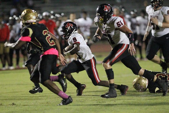 NFC receiver Deandrae McCray takes off upfield after catching a short pass against Florida High.