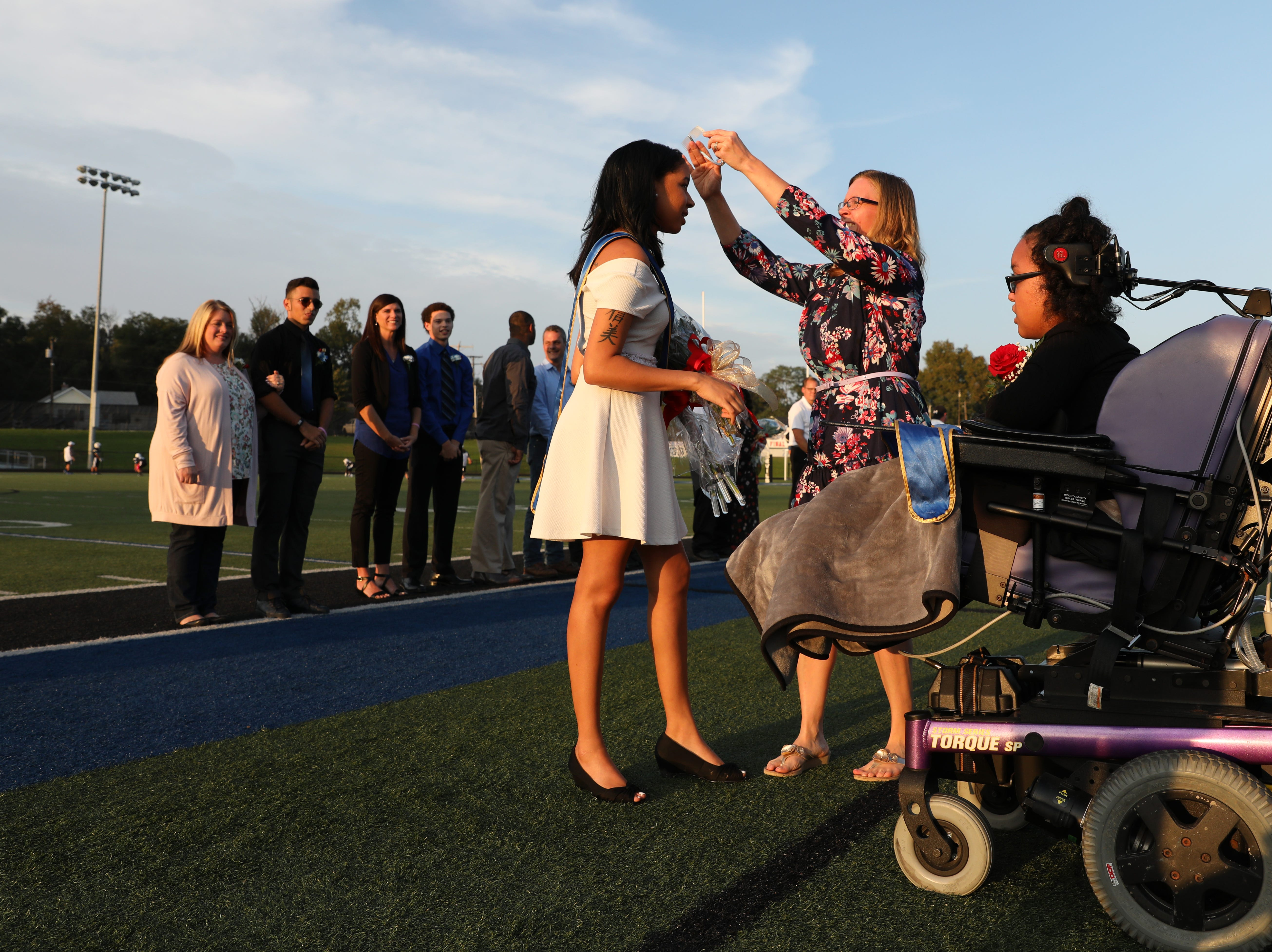 Shalen Johnson is crowned Zanesville High School homecoming queen.