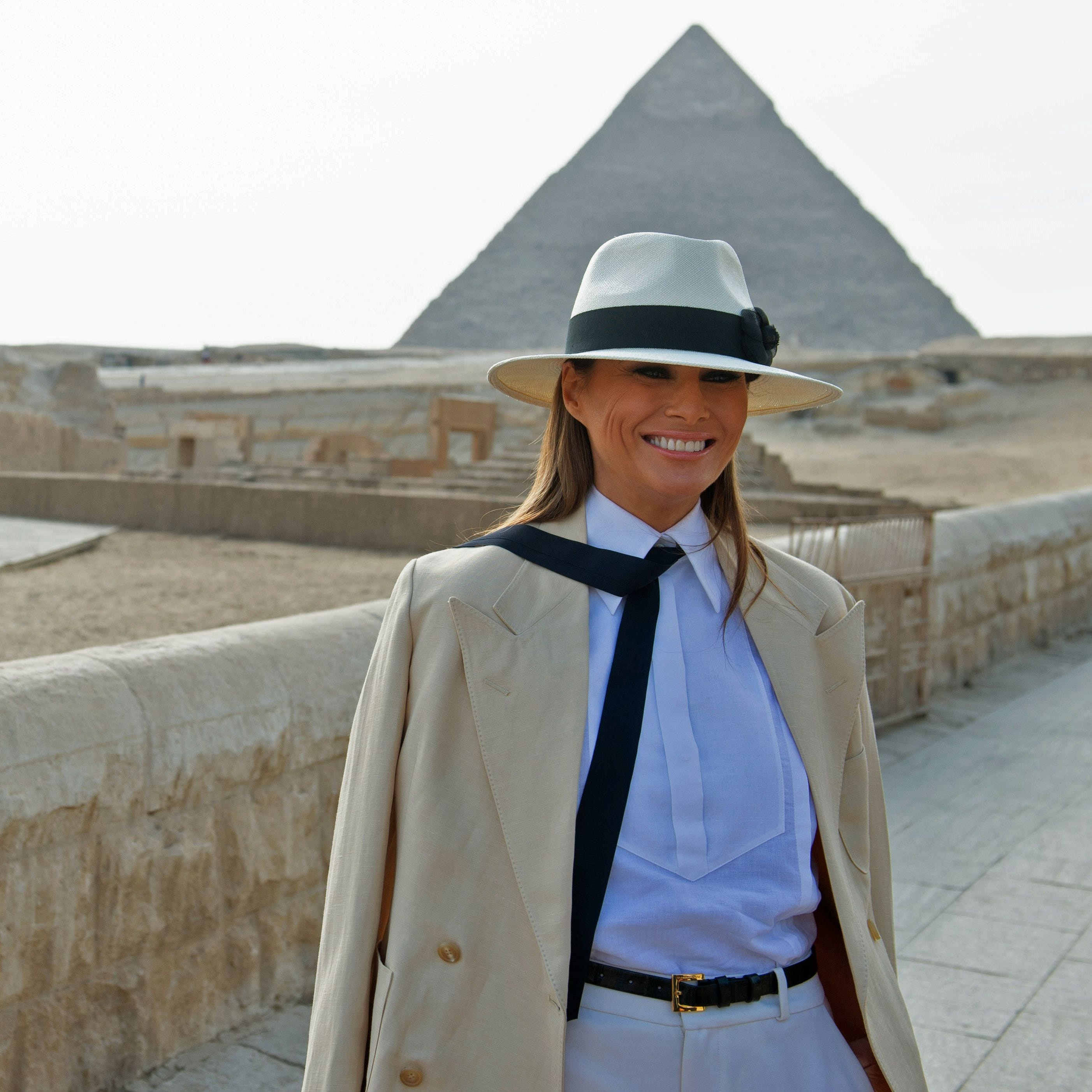 Melania Trump visits the Giza Pyramids and sphinx on Oct. 6, 2018.