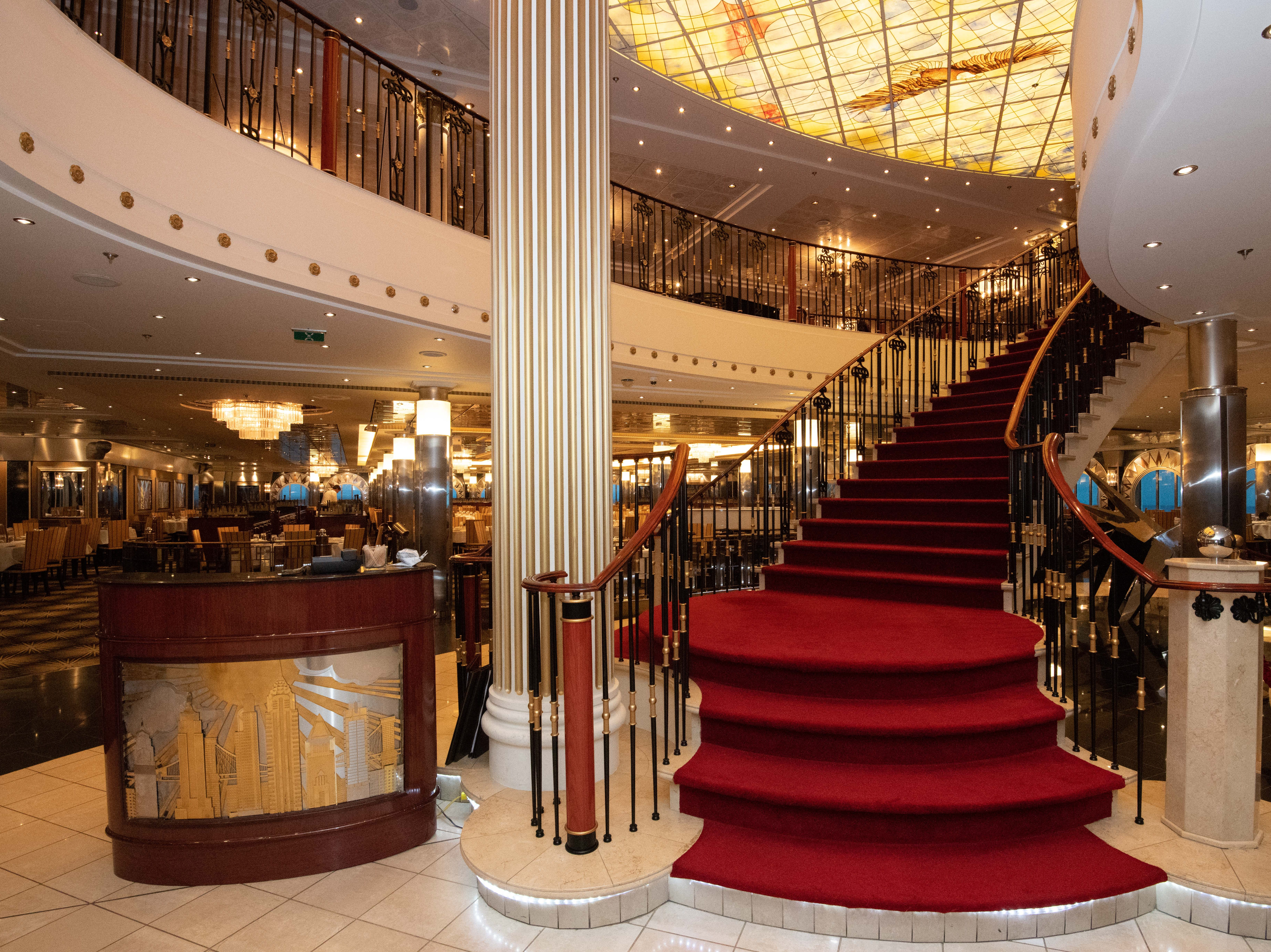 A stairway near the entrance to the Skyline Main Dining Room leads up to Pride of America's second-biggest complimentary restaurant, the Liberty Main Dining Room.