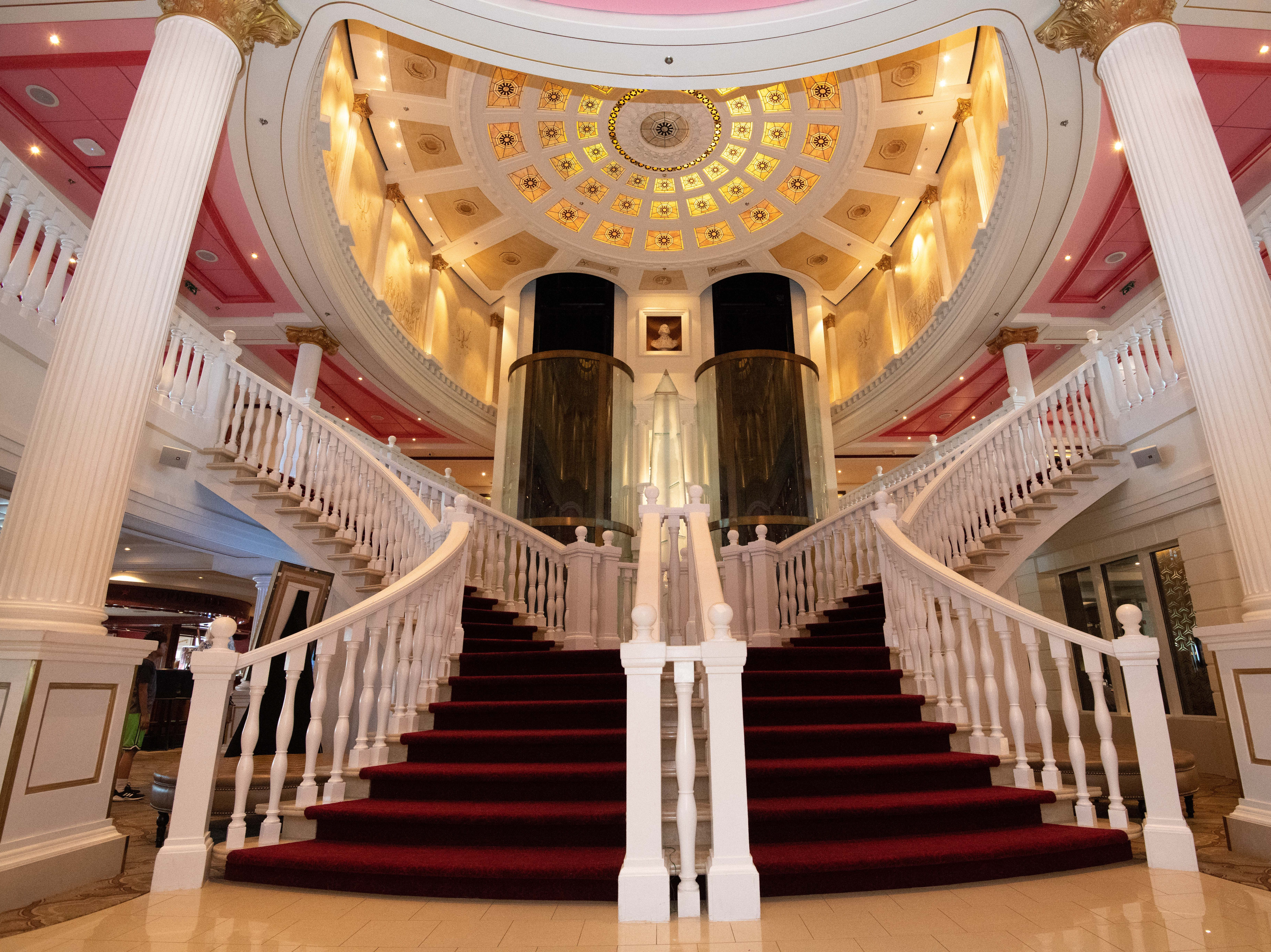 The focal point of the Capitol Atrium is a grand staircase that connects decks 5 and 6, where many of Pride of America's restaurants and lounges are located.