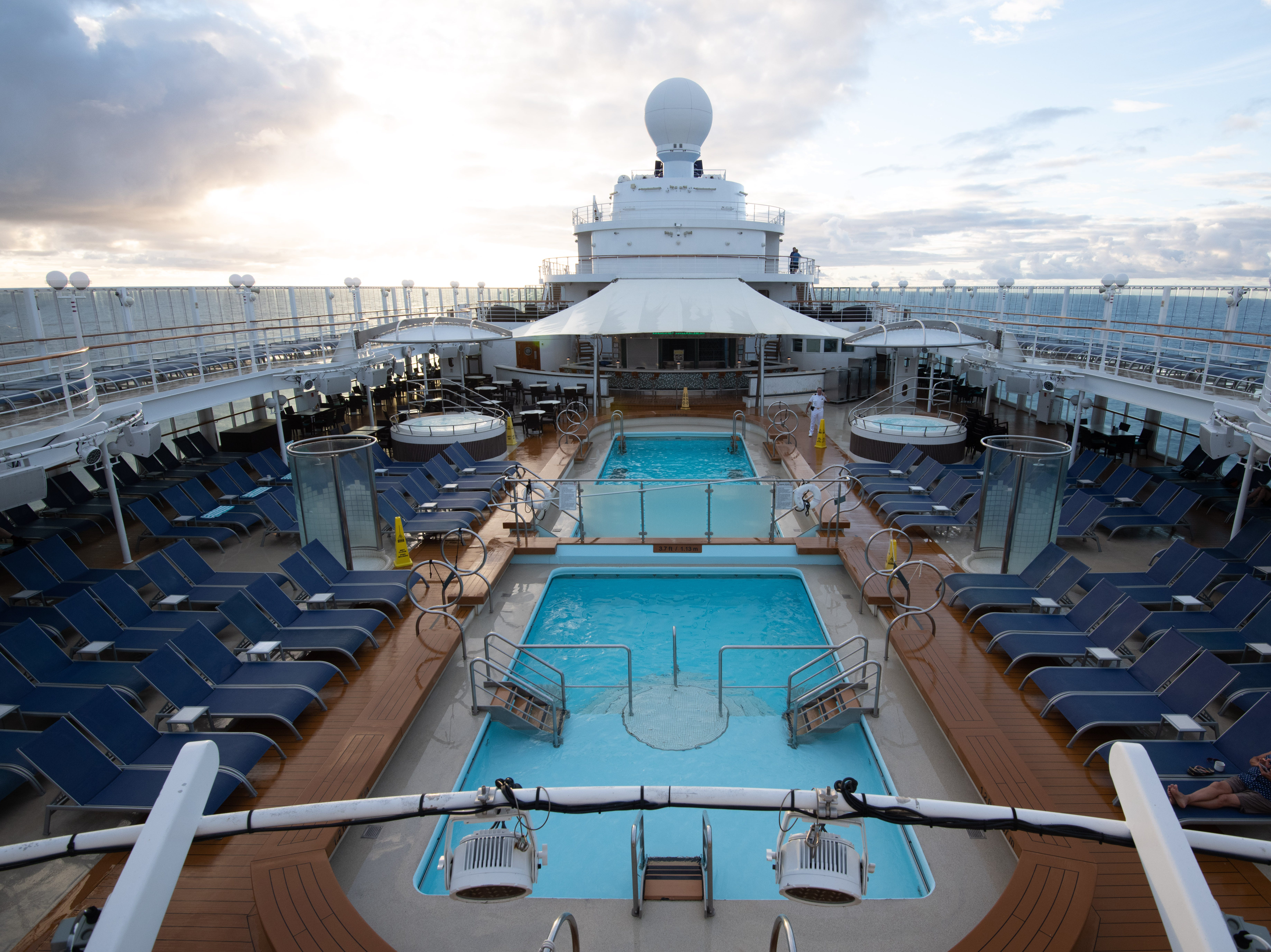 At 80,439 tons, Pride of America is barely half the size of Norwegian Cruise Line's newest vessels and has a more intimate feel. It features 14 decks topped with extensive open-air pool and sun lounging areas that are fitting for its year-round home.