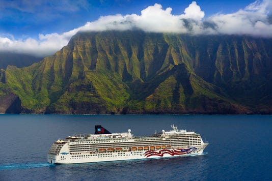 Ncl Cruise Line Pride Of America Na Pali Coast Kauai Hawaii
