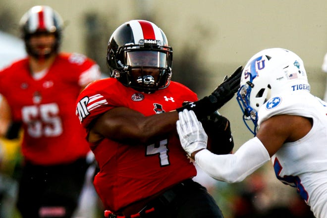 Austin Peay Governors running back Tre Nation (4) runs the ball during the first half Fortera Stadium Saturday, Oct. 6, 2018, in Clarksville, Tenn.