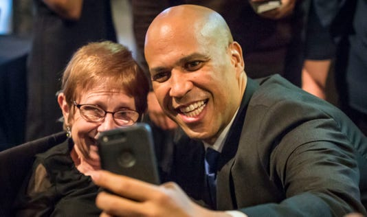 1006 Senbooker Cory Booker 00042