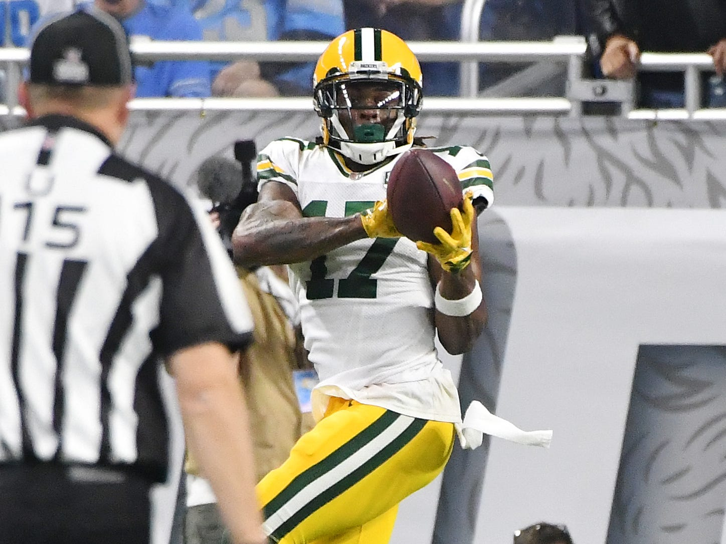Packers' Davonte Adams makes a touchdown reception in the third quarter.