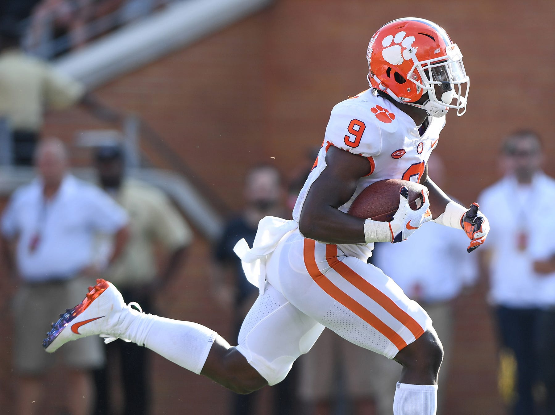 Clemson running back Travis Etienne (9) scores against Wake Forest during the 2nd quarter at BB&T Field in Winston Salem, N.C. Saturday, October 6, 2018.
