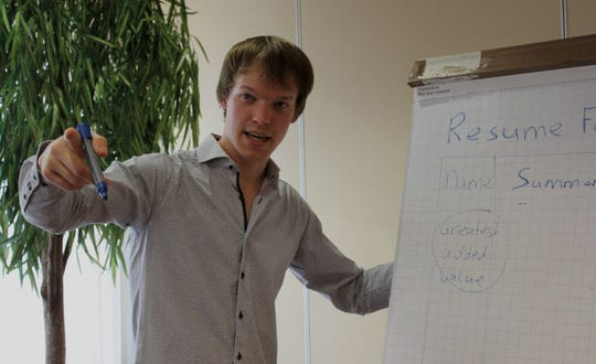 Wouter Lenting explains how to write an effective resume. His online resume builder, CV-Template, based in Zeddam, Netherlands, appears in several languages.
