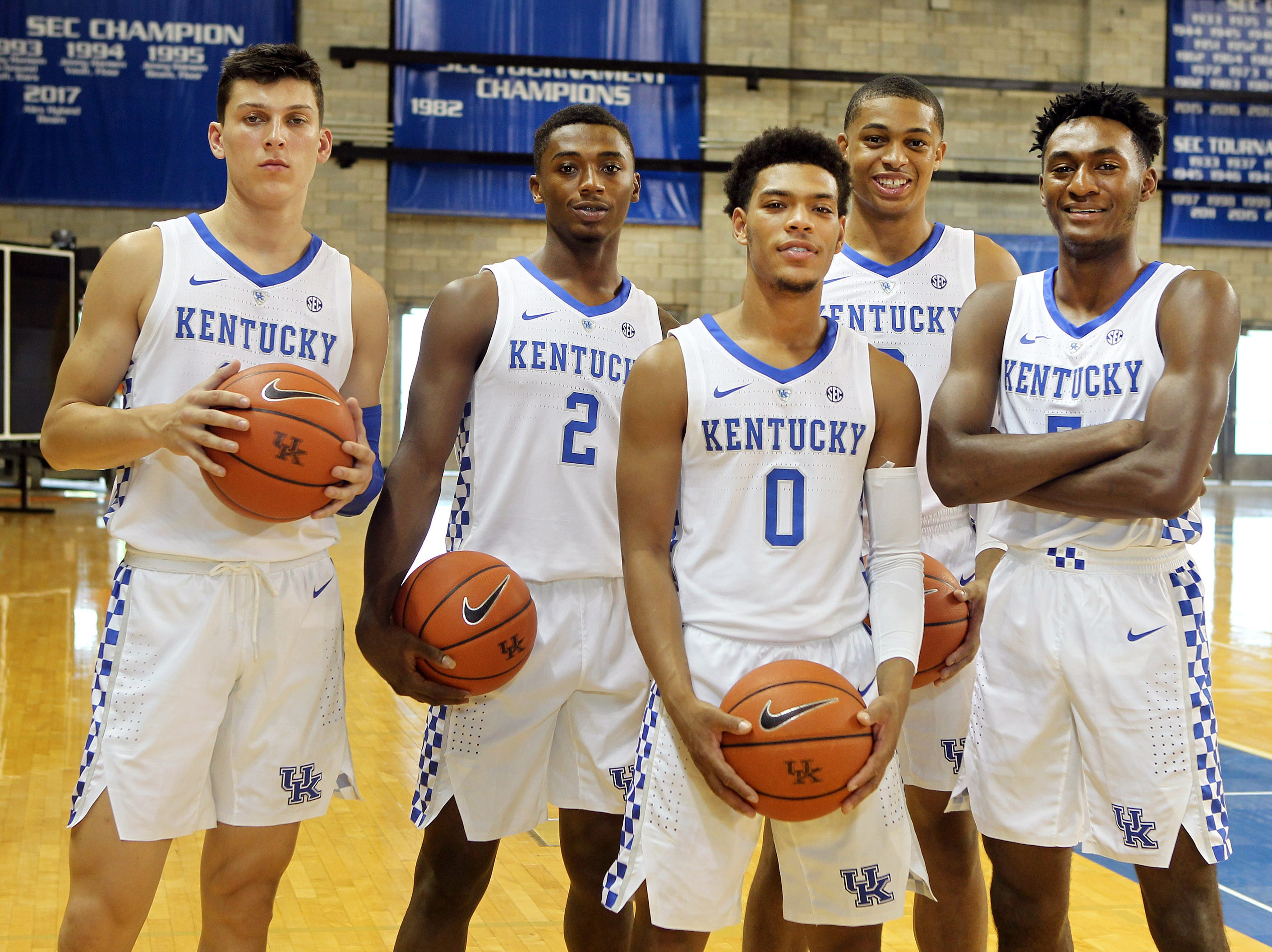 Kentucky guards (from left) Tyler Herro (14), Ashton Hagans (2), Quade Green (0), Keldon Johnson (3) and Immanuel Quickley (5) pose during the teams picture day in Memorial Coliseum on campus. Sep. 20, 2018