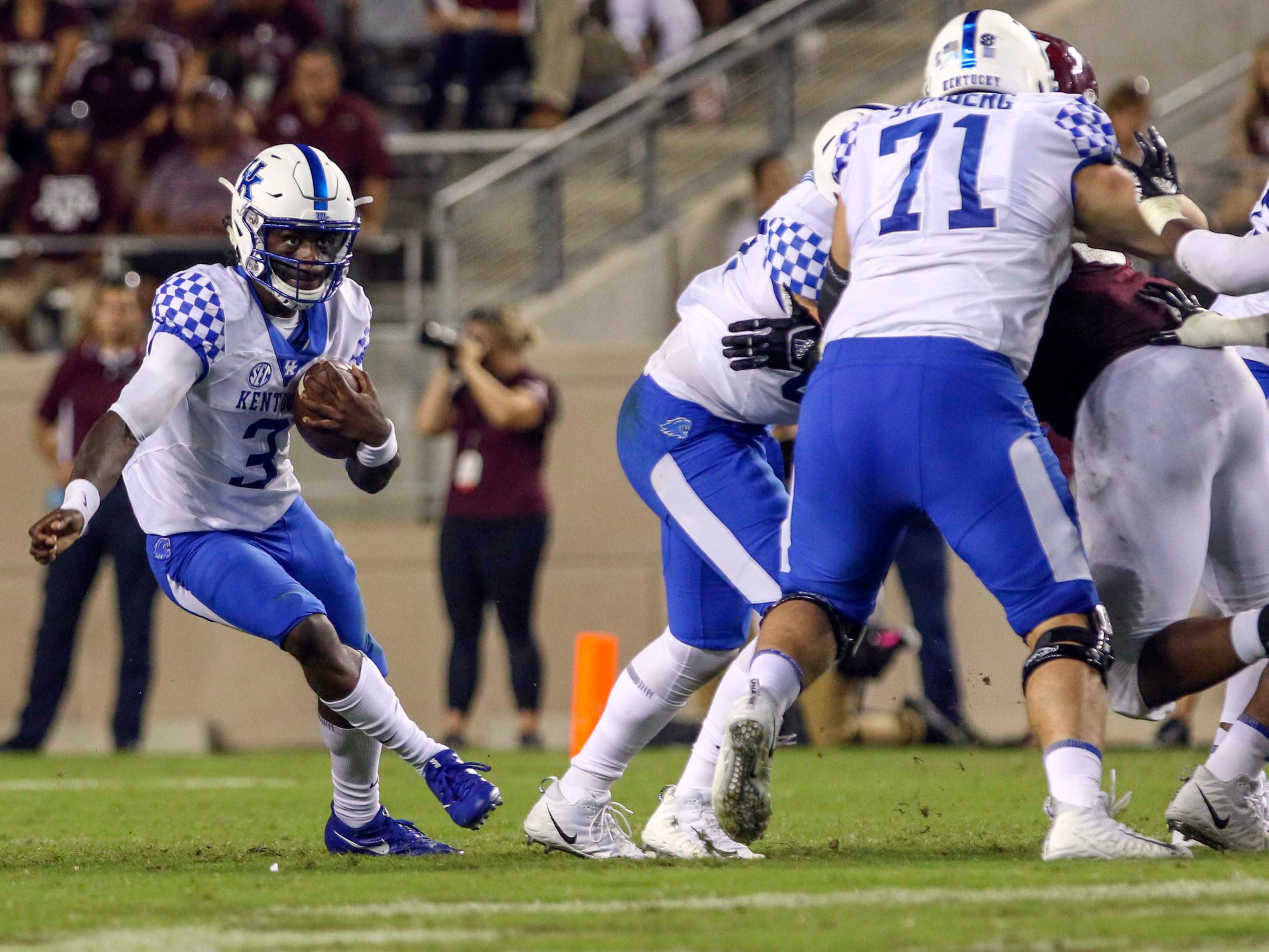 Oct 6, 2018; College Station, TX, USA; Kentucky Wildcats quarterback Terry Wilson (3) runs for yards during the third quarter against the Texas A&M Aggiesat Kyle Field.