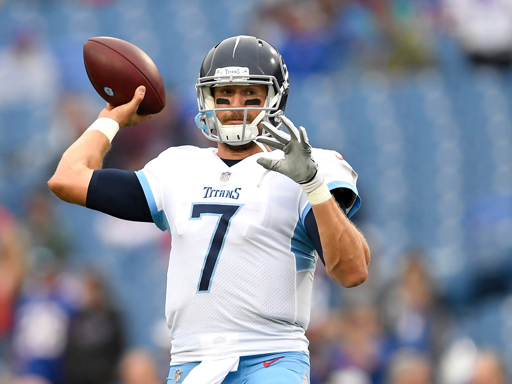 Tennessee Titans quarterback Blaine Gabbert works out prior to an NFL football game against the Buffalo Bills, Sunday, Oct. 7, 2018, in Orchard Park, N.Y. (AP Photo/Adrian Kraus)