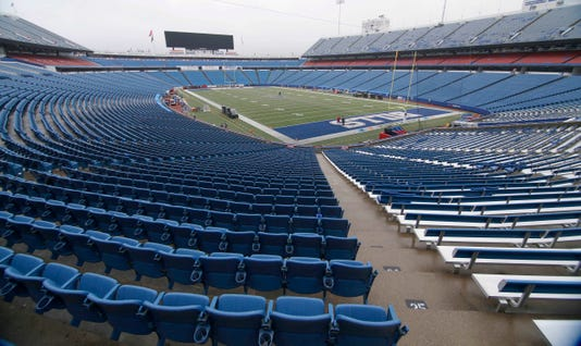 Nfl Tennessee Titans At Buffalo Bills