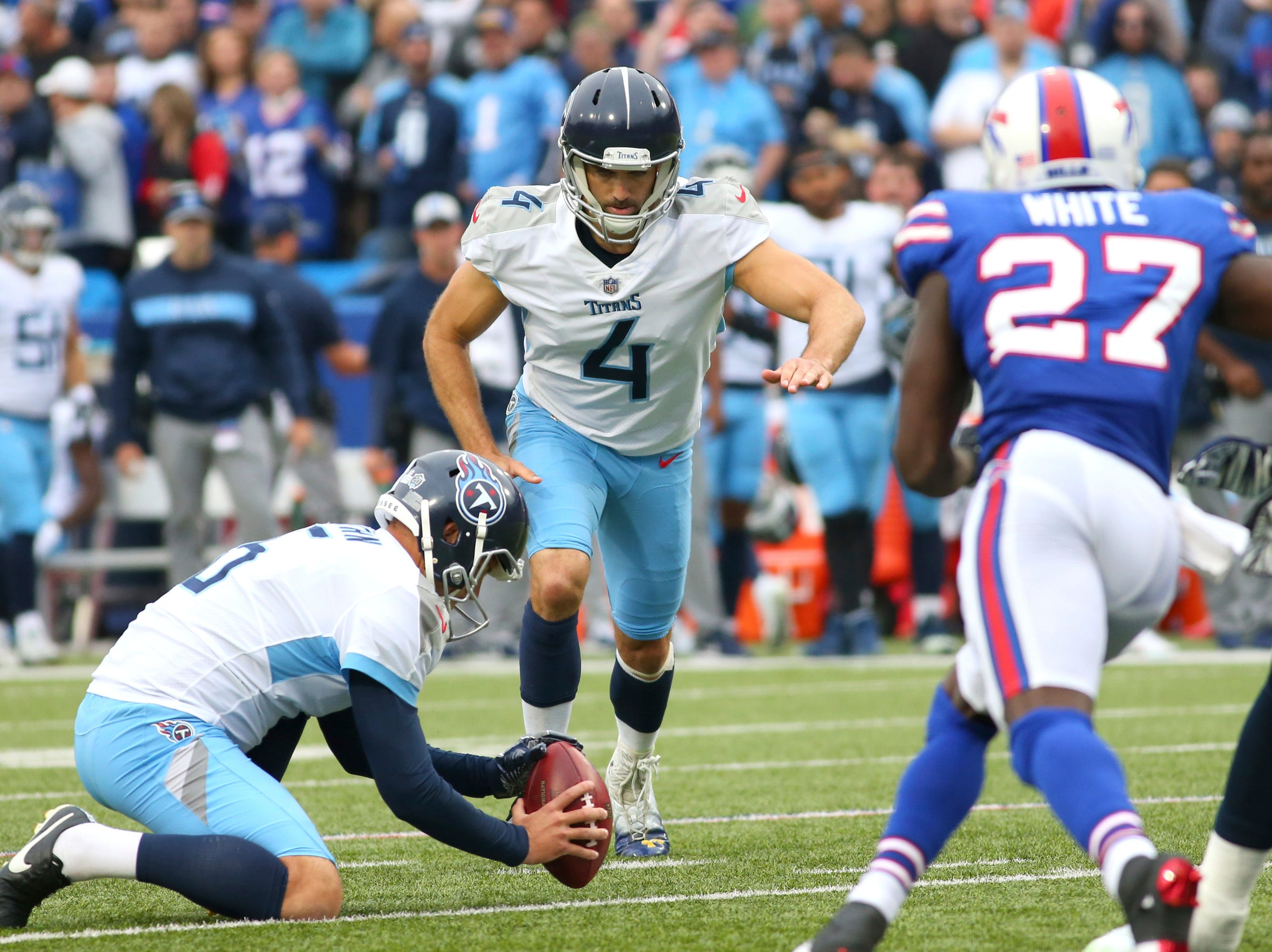 Tennessee Titans kicker Ryan Succop (4) kick a field goal against the Buffalo Bills during the first half of an NFL football game, Sunday, Oct. 7, 2018, in Orchard Park, N.Y.