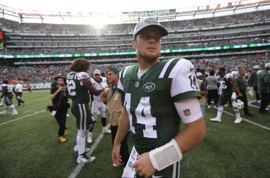Sam Darnold had multiple touchdown passes in the Jets victory over the Broncos. Sunday, October 7, 2018