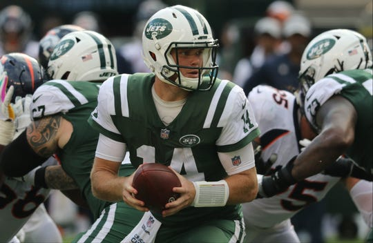 Sam Darnold had a good game against the Broncos. Sunday, October 7, 2018