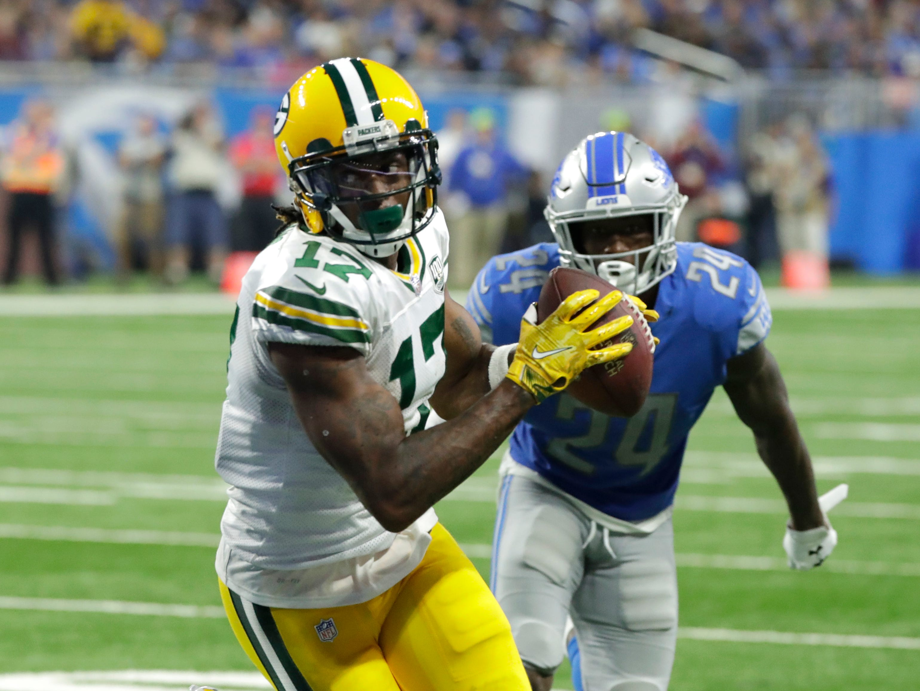 Green Bay Packers wide receiver Davante Adams (17) scores a touchdown in the second half during the Green Bay Packers 31-23 loss to the Detroit Lions at Ford Field, Detroit, Sunday, October 7, 2018.   Rick Wood/Milwaukee Journal Sentinel. USA