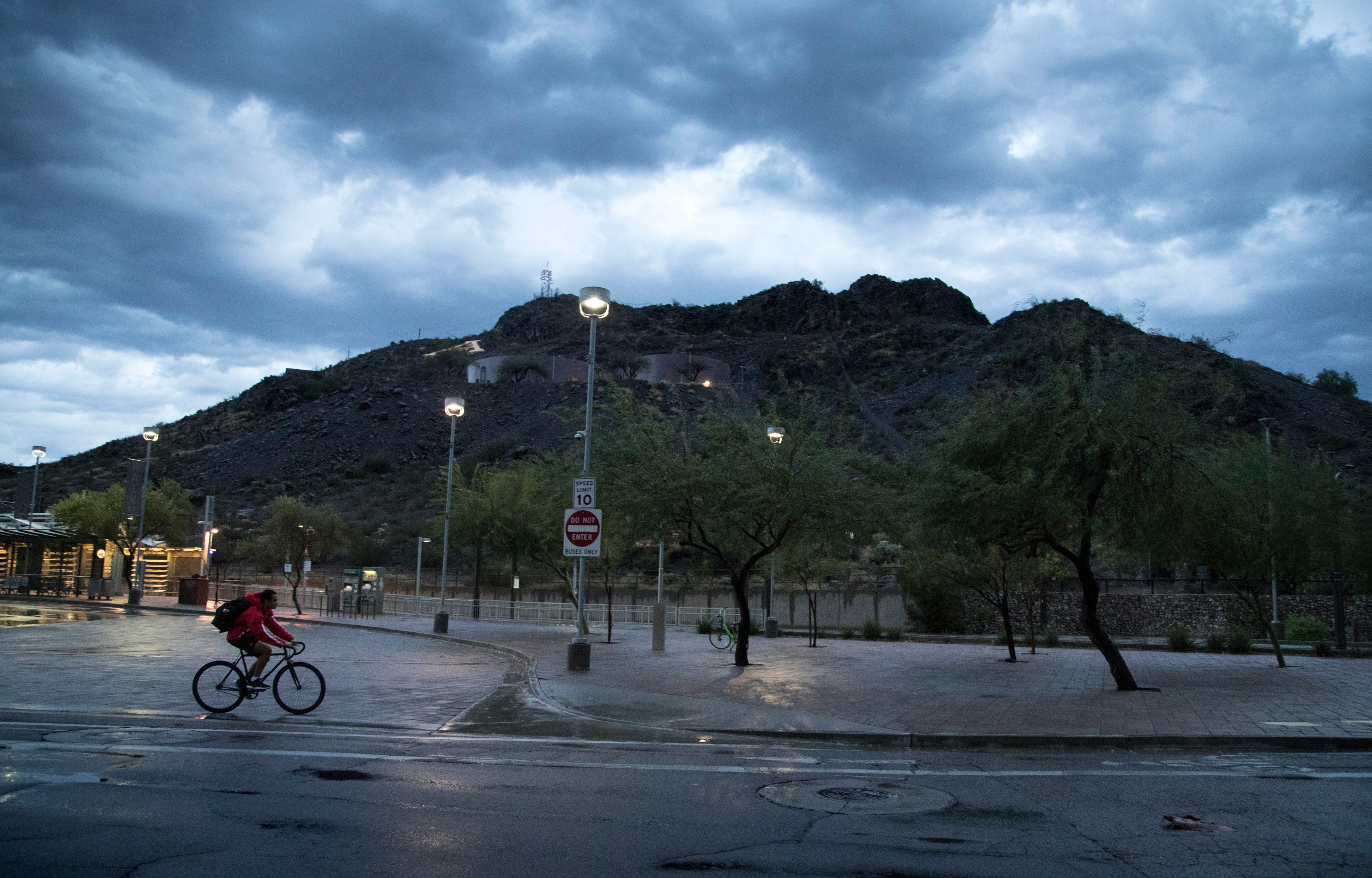 Within its first week, October becomes zero.33 wettest month for Phoenix